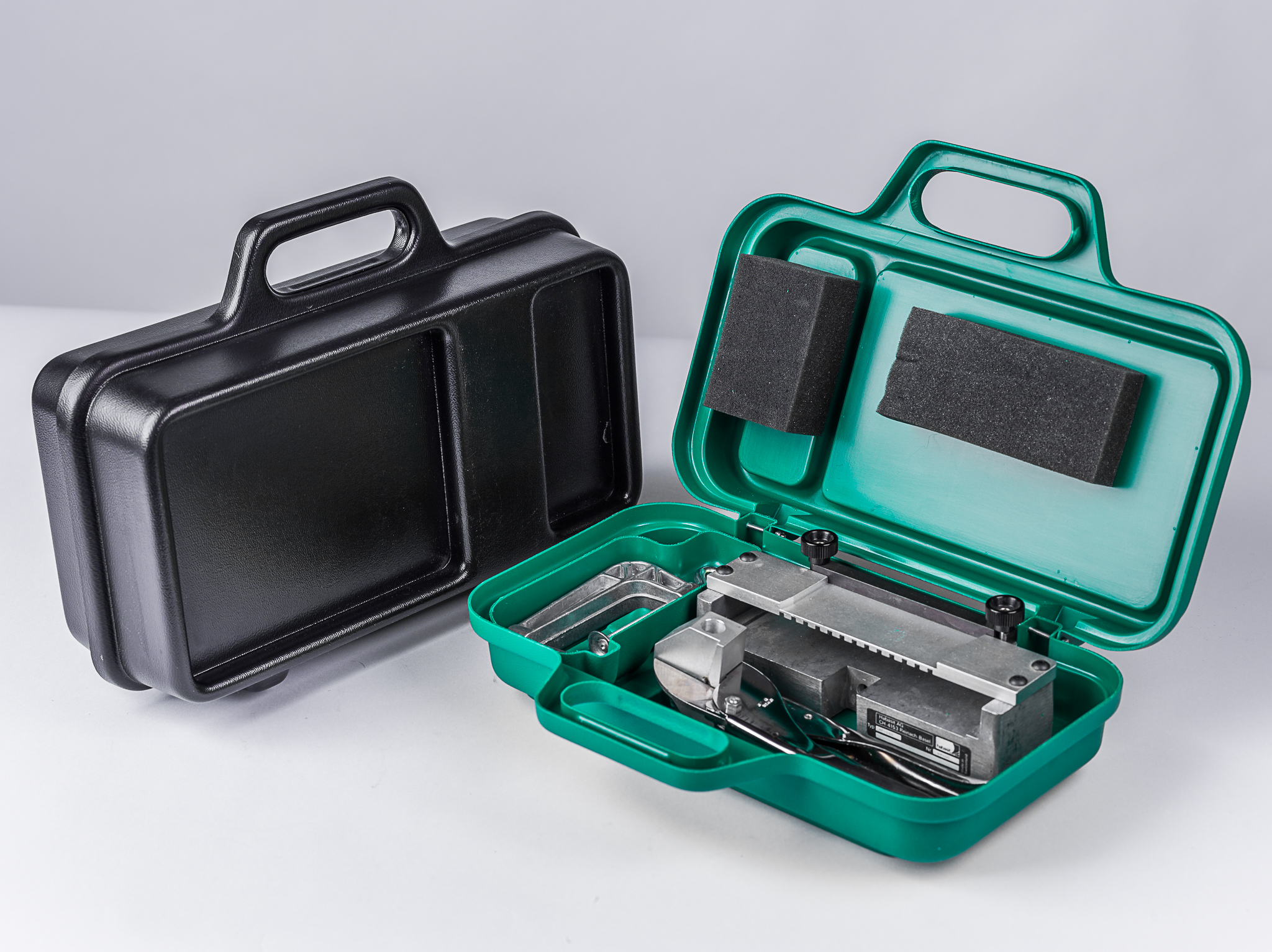Geräte-Verpackung, bzw. -Präsentations-Koffer aus PS