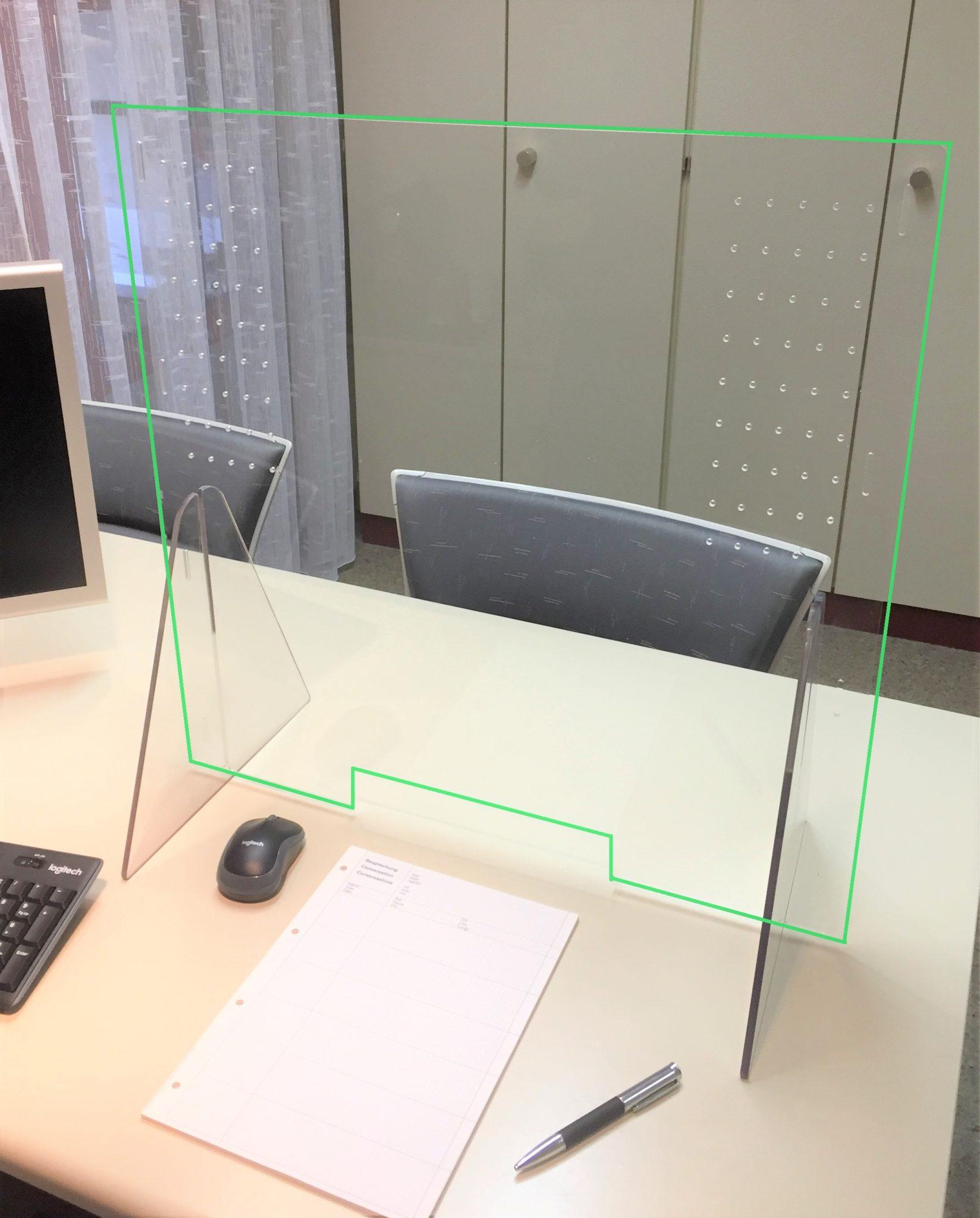 Spuckschutz-Programm MODULUS: 1-Platz-Version (Grund-Set) (grüne Umrandungen = Fotomontage)